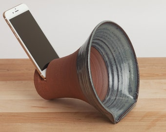 Ready to ship! ClayAmp, iPhone docking station, stoneware docking station, ceramics and pottery, speakers, office, dock, iPhone accessory