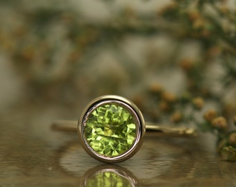 Bezel Set Peridot Ring in Yellow Gold, 6mm/1.00ct Round Checkerboard Cut Peridot, Fashion Ring, Open Profile and Stackable, Emerson P