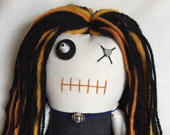"Creepy n Cute Zombie Doll - ""Pow!!"" (D)"