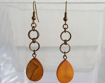 Amber Mother of Pearl Shell Antique Vintage Gold Earrings