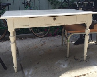 White distressed farmers table