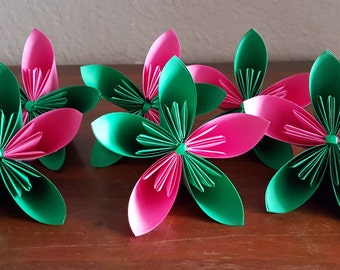 6 Pink and Green Origami Flowers