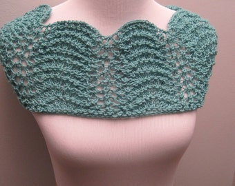 Green Lace Cowl