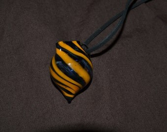 Hollow glass vessel necklace