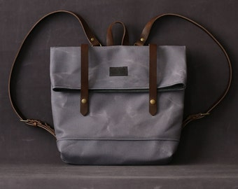 Waxed canvas backpack JUDITH light grey