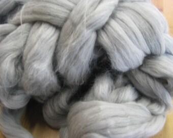 Merino Wool Tops / Roving Natural GREY