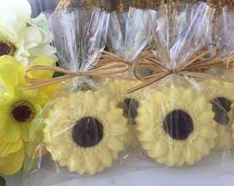 Sunflower Soap Favors - Set of 10 - Flower soap favors - Garden party soap favors - Summer soap favors