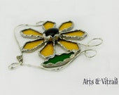 Gold stained glass flower, daisy suncatcher for windows or mirror, original gift mainmade , mother gift