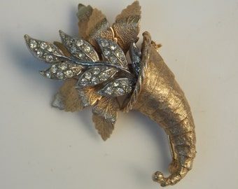 Vintage Gold Rhinestone Cornucopia Brooch Pin