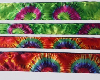 No slip headband - Tie Die Print (retro -- red or green)