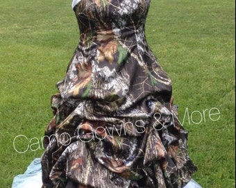 CAMO Wedding Dress / Gown with Pick Up and Tulle Peek-a-boo Skirt