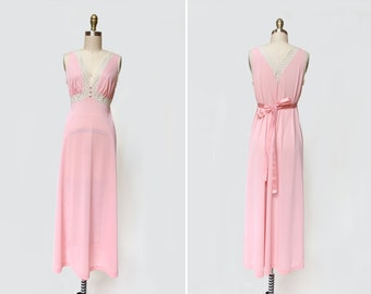 Lace Nightgown { S } Vintage 1950s Lingerie  >> 50s Negligee Slip