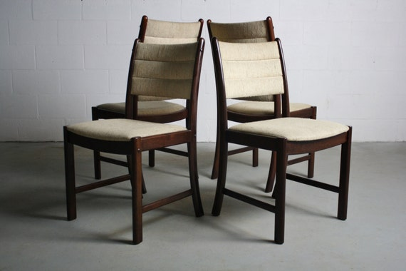 1970 S Rosewood Danish Modern Dining Chairs A Set Of 4