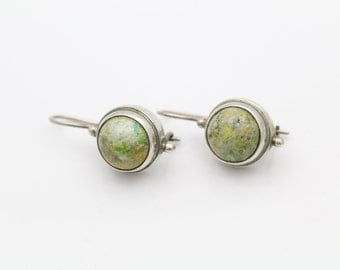 Vintage Sarda Drop Earrings with Yellow-Green Gemstones in Sterling Silver. [9632]