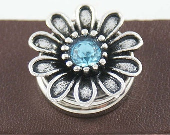 KB3422 Silver Flower with Crystal Center