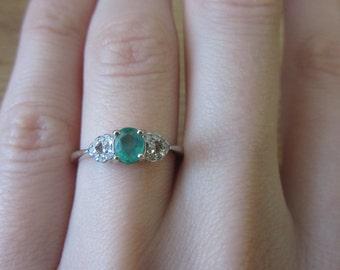 14K White Gold 1/4ct Emerald Diamond Ring