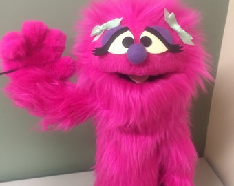 Penelope Monster Hand Puppet / muppet
