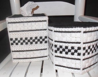 Black and White Bath Set