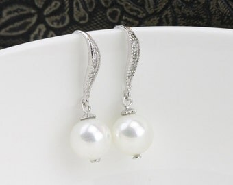 pearl earrings dangle,ivory pearl earrings silver,bridal pearl earings,pearl dangle earring,cheap glass pearl earrings bridesmaid gift