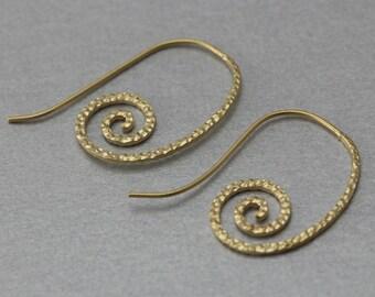 Snail Hook Earring . Matte Gold Plated . 10 Pieces / C1241G-010