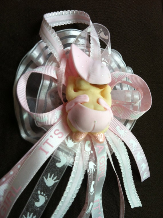 mom to be corsage baby shower corsage mom to be mommy badge