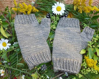 Fingerless Gloves, Organic Merino Wool, Hand Knitted, Naturally Dyed