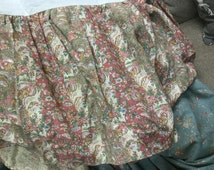 Original authentic Ralph Lauren queen dust ruffle/bedskirt khaki tan Rose paisley pattern