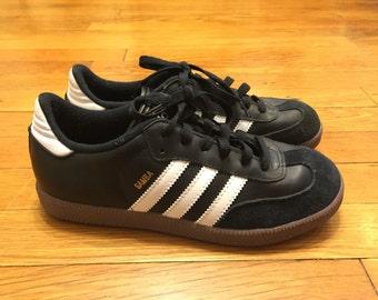 90s Adidas Samba Sneakers // Size 5