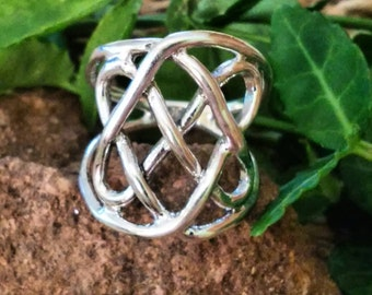 SHIPS TOMORROW Sterling Silver Ring~Celtic Ring~ Size 7 Gift Boxed Guaranteed