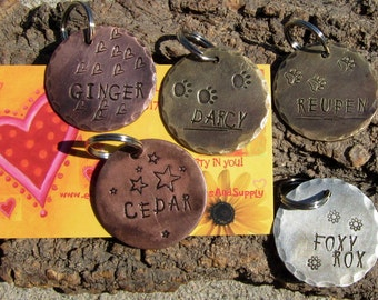 "TaKE YOuR PICk ~ 1-1/4"" Round Dog Tag - Identification - Copper - Aluminim - Brass - Pet tag - dog items- name tags - Puppy Print - Pets"
