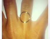 Bague anneau cercle plaque or ou argent massif modèle Ma vie