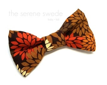 Fall Toddler Clip on Bow Tie / Fall Child Bow Tie / Autumn Bow Tie / Boy Clip on Bowtie / Fall Toddler Bowtie / Autumn Child Bowtie/