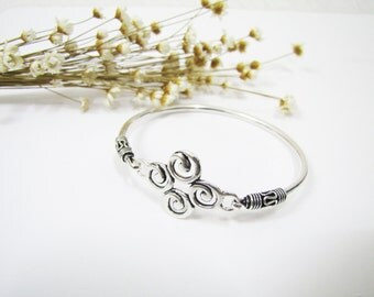 Elegant Sterling Silver Bangle, Silver Bracelet, Sterling Silver Bangle, Everyday Jewelry Accessory