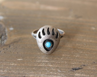 Vintage Silver Bear Paw Ring Size 7