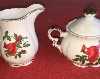 Lefton Cardinal Pattern China Sugar and Creamer dinner Christmas Holly