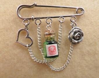 Shakespeare Romeo and Juliet kilt pin brooch (50 mm)