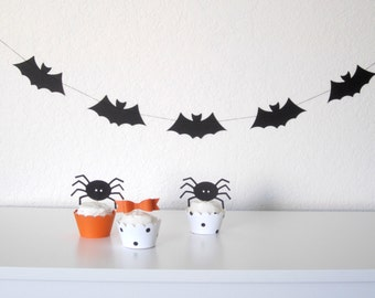 Halloween Decor - 48 Inch Sewn Horizontal Black Bat Garland