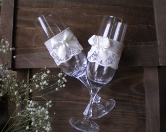Wedding Toasting Glasses-rustic toasting glasses- linen, lace and pearl glasses