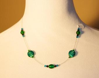 Single strand necklace.