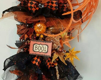 SALE!! Witch Wreath, Halloween Wreath, Witch swag, Halloween decomesh swag, Halloween Decor, Door Decor,  Halloween Decorations