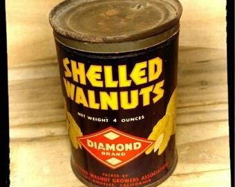 Vintage Diamond Shelled Walnuts Tin / California Walnut Growers Assoc / Collectible Tin / Vintage Kitchen Tin / Diamond Brand / Old Tin/F957