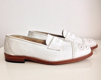 Vintage zapato Mocasín Oxford en Blanco de cuero, tejido a manera de cesta. Talla 40.