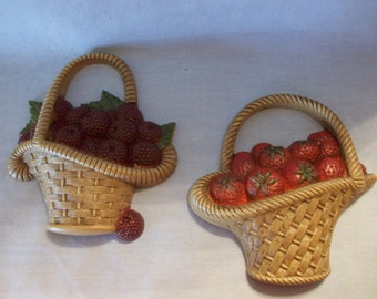 Homco Burwood Products Pair of Berry Baskets, Home Interiors, Wall Decor, Strawberry Basket, Raspberry Basket, Kitchen Decor, Wall Baskets