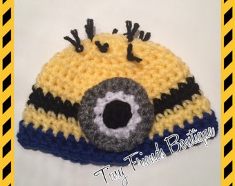 """Minion hat for 18"""" doll"""