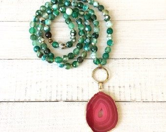 Long Beaded Faceted Green Agate Gemstone Necklace with Hot Pink Agate Pendant, Long Boho Pendant Necklace, Agate Pendant