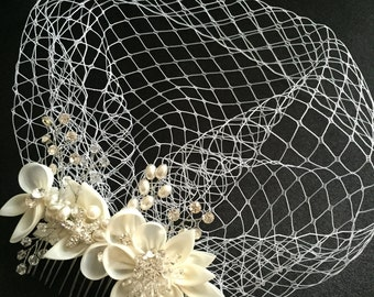 Birdcage Veil and a Hair Comb -(2 Items) - Bridal Headpiece,Rhinestone Bridal Comb, Weddings,Blusher Bird Cage Veil