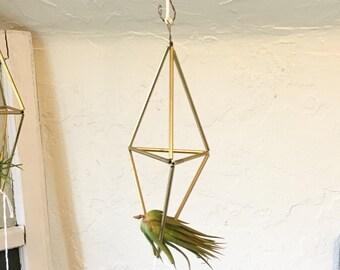 Hanging Brass Himelli Air Plant Holder