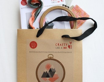 Easy cross stitch kit - geometric mountains - includes stranded cotton, aida, hoop, needle and instructions - easy for beginners