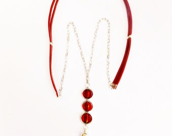 Long leather and chain necklace