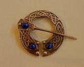 Cloak Clasp - Pennanular Brooch - Bronze with Lapis